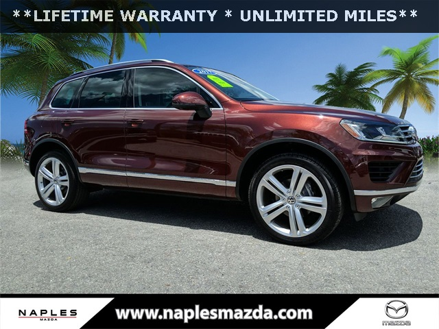 Pre-Owned 2017 Volkswagen Touareg V6 Executive